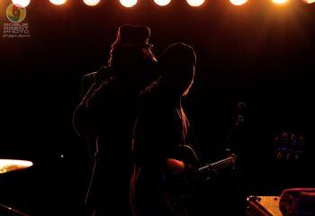 Silhouette love!